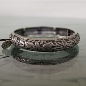 NWT Cookie Lee Stretch Bangle Floral